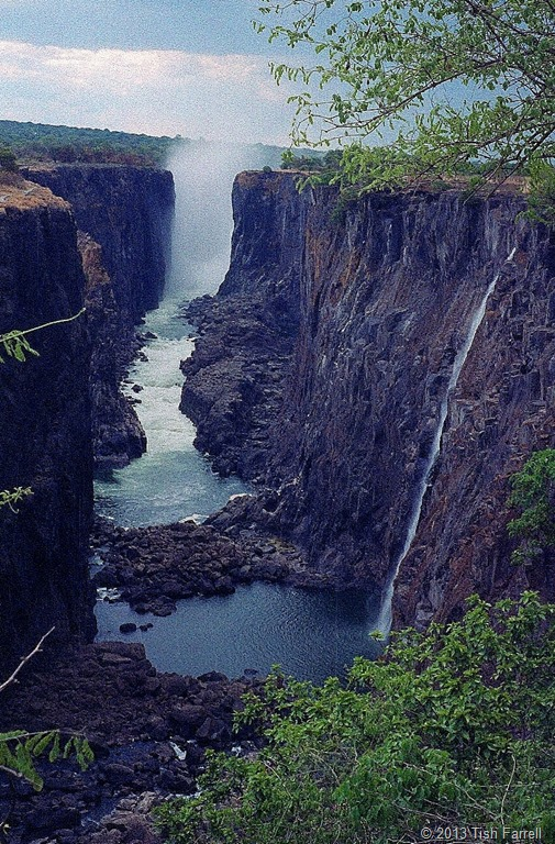 Zambia's Victoria Falls looking along knife-edge to Zimbabwe's falls