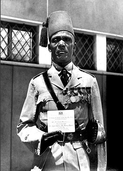 kenyas-nubians-officer-mw19-910[1]