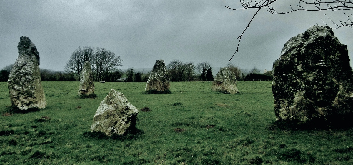 Cornwall's Smallest Stone Circle ~ Thursday's Special