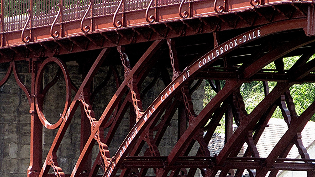 In The Red ~ Iron Bridge Makeover
