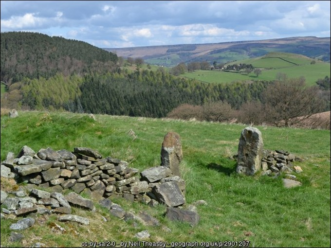 Gotherage likely ruins looking towards Highlow SK2179 nr Stoke Ford geograph-2901207-by-Neil-Theasby